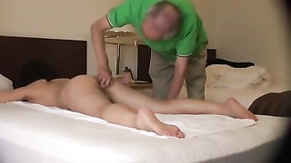 Japanese Wifey  Orgasmic Rubdown