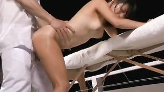 Oil Massage For Suntan Chick KONOHA 2 (Censored)