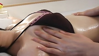MORISHITA Yuri Rubdown  And Shower