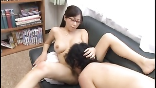 Megane Mummy  Teacher Tears Up Her Student