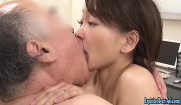 Jav Idol Takami Haruka Fucked By Veteran Porn Guy In Surgery