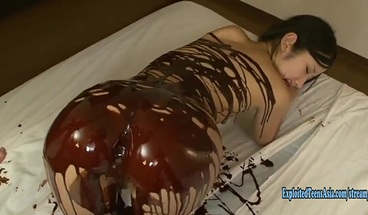 Jav Idol Suzu Ichinose Covered In Chocolate And Cream Fucked