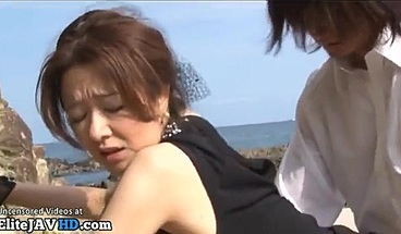 Japanese Hot Milf In Stockings Gets Fucked Outdoor