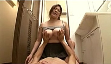 Japanese Porn - Hot Japanese Mom And Younger Guy 185